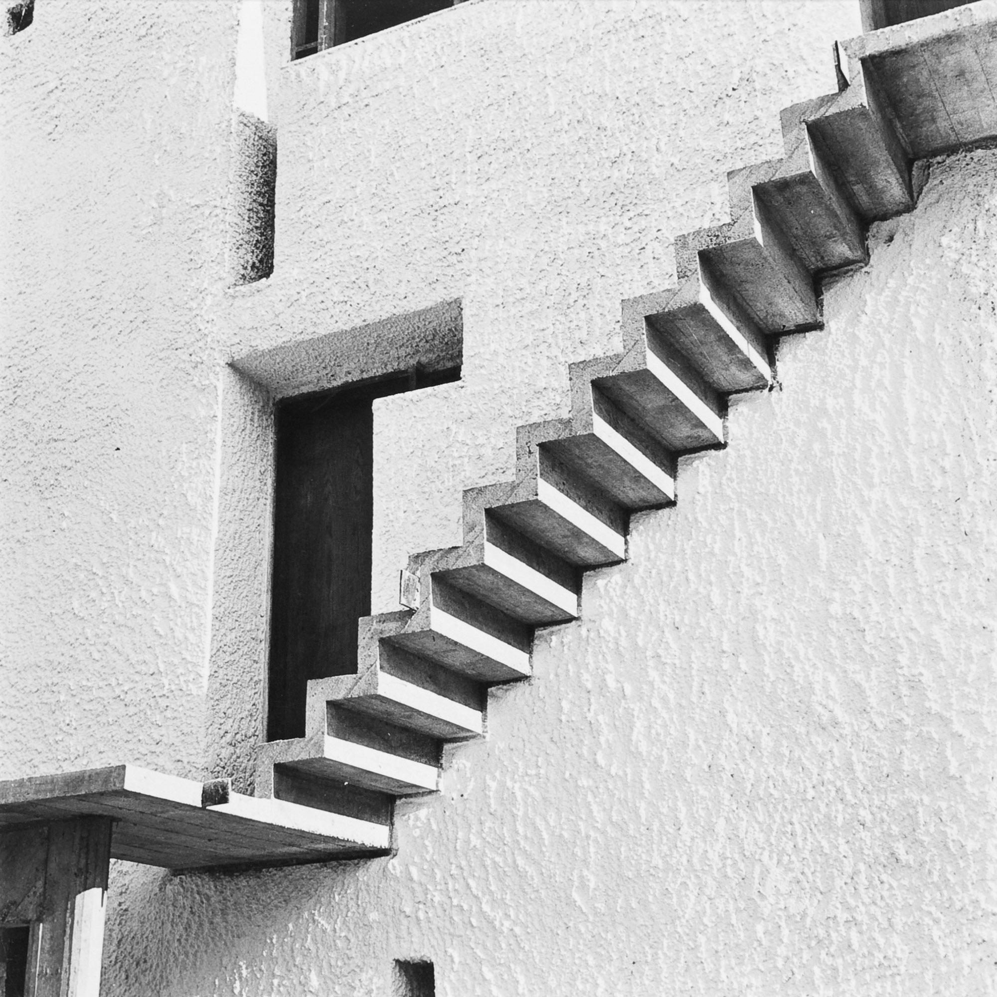 Ramp versus Staircase